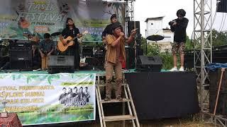 Hulubalang kucing itam live performance di festival Tasik river pematang tengah makteduh Pelalawan