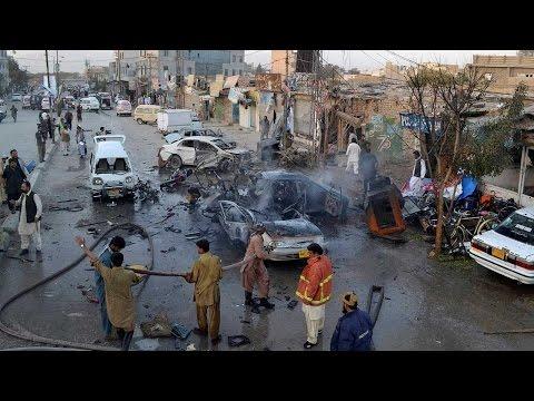 أخبار عربية وعالمية - إنفجار قنبلة خارج مدرسة للفتيات في #باكستان