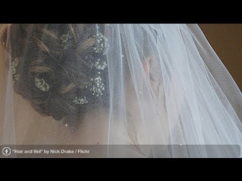 How to Pick a Wedding Veil | Perfect Wedding - YouTube