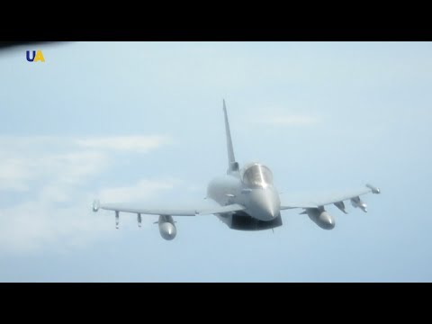 Russian Jet Intercepts US Bomber Planes During Baltic Sea Exercises