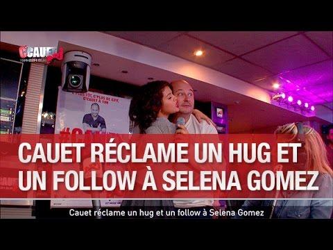 Cauet réclame un hug et un follow à Selena Gomez - C'Cauet sur NRJ