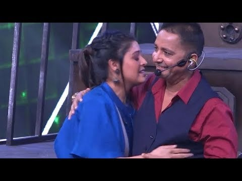 SUNIDHI & SUKHWINDER song LIVE | Indian Idol 10 | 2018 - 11 August