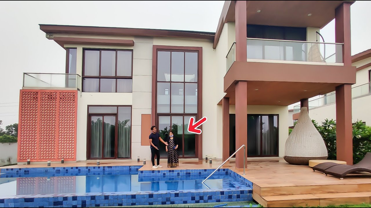 | SURPRISING My MOM With Her DREAM House - GIFTING My MOM a LUXURY HOUSE | Canbee Lifestyle |