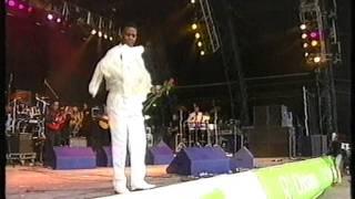 Al Green, Take Me To The River, Glastonbury Festival 1999.MPG