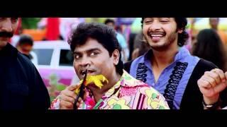 Apna Har Din - HD song from golmaal