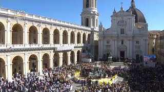 Rencontre du pape François avec les fidèles et angélus