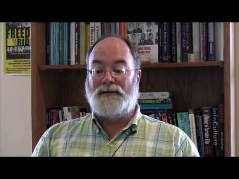 Greenlaw video #1: Welcome to ECON 201 Online!