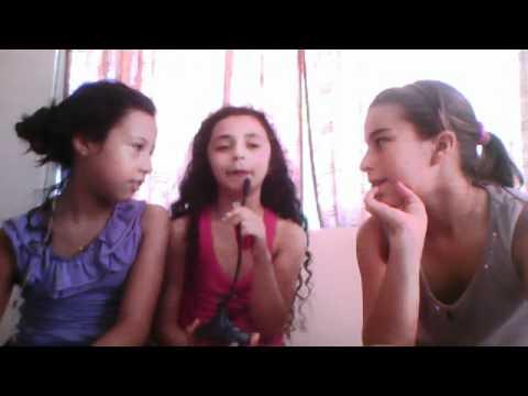 Tres niñas no saben que estan siendo grabadas IVagus