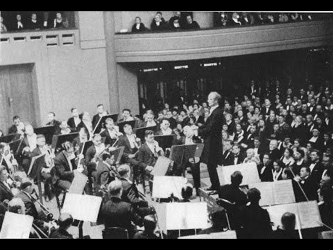 Wilhelm FURTWÄNGLER conducts Beethoven - Symphony No. 7 LIVE (1953)