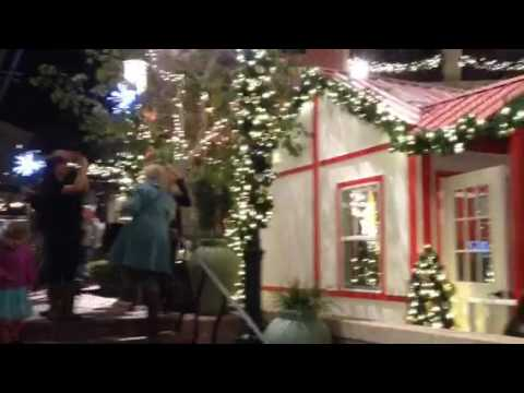 Snowing Santa Barbara.  11/26/16 Paseo Nuevo shopping plaza