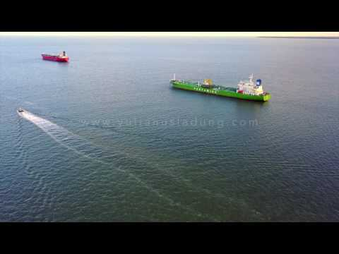AERIAL FOOTAGE - OFFSHORE #7