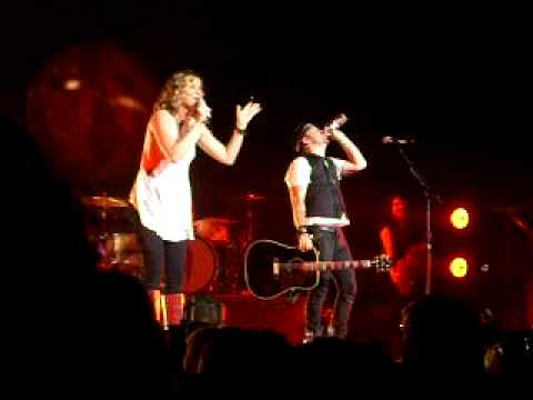 Everyday America With HOT IN HERE and HOLIDAY by sugarland  FULL SONG