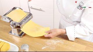 Homemade fresh pasta with Marcato Atlas 150 Classic - Chinese