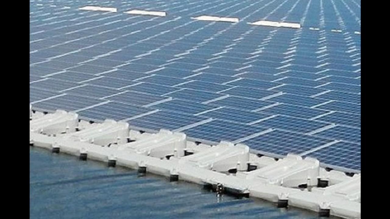 World Biggest Floating Solar Power Plan China Youtube