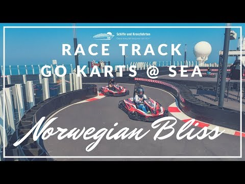 Norwegian Bliss - Race Track, Go-Karts at Sea with Accident / Kartbahn auf hoher See mit Unfall