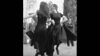 Tarantella rosi e sciuri (italian folk music)
