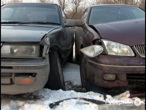 Пьяный водитель разбил 2 машины и едва не врезался в третью.MestoproTV