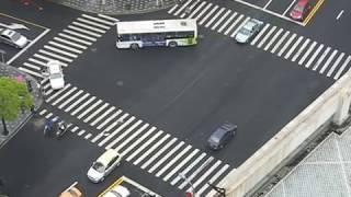 中国の交差点 - ルールを守らない中国の交通マナー