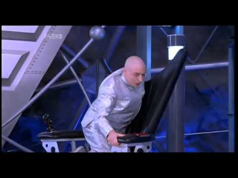 dr evil chair ikea dining covers henriksdal austin powers 2 the spy who shagged me rotating