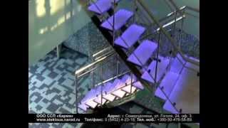Лестница из стекла(Лестница из закаленного стекла с подсветкой и стеклянными ограждениями, декорированными матированием...., 2012-03-02T00:08:59.000Z)