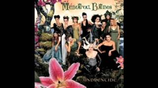 Watch Mediaeval Baebes Veni Coronaberis video