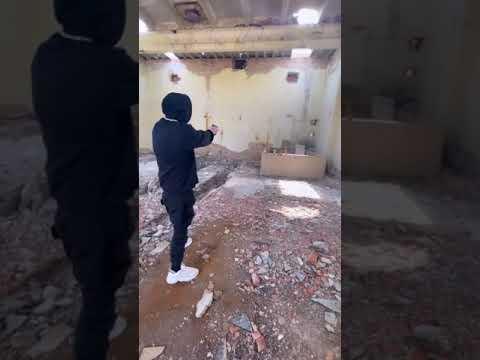 МОРГЕНШТЕРН стреляет из пистолета #моргенштерн #новаяволна