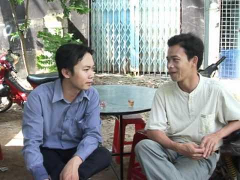 Nhac sy Hoang Phuc dam tang me