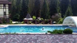 Літній відпочинок в Карпатах біля басейну - ВЕЖА ВЕДМЕЖА(Відпочинок в Карпатах влітку біля басейну в одному з найкрасивіших готелів України - готелі-замку