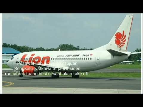 Sayap Pesawat Lion Air Tabrak Tiang di Bandara Bengkulu Mp3