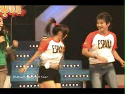 funny dance ,20s with Duy Uyen in The Gioi Vui Nhon