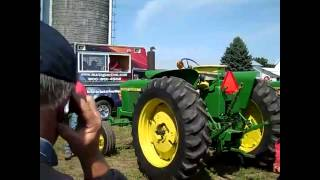 Pair of JD 2520 Tractors Sell for Big $$ on Minnesota Farm Auction