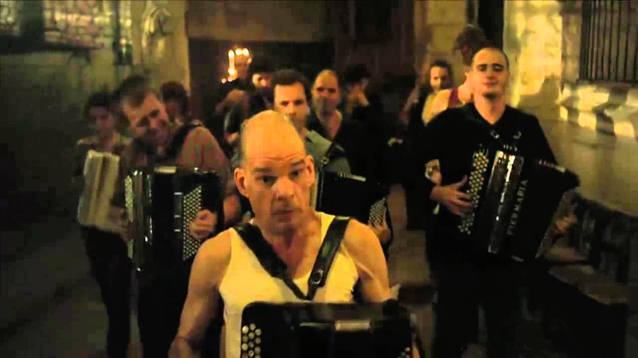 Holy Motors - Accordion Scene - YouTube