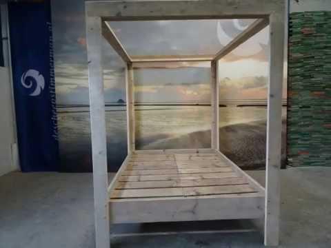 orientalische tr ume unterm dem bali baldachin shangril doovi. Black Bedroom Furniture Sets. Home Design Ideas