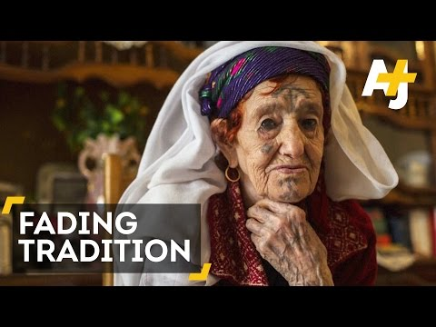 Tattoo Traditions Of Algeria's Amazigh Fading Because Of Religious Beliefs