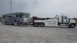 vulcan-to-the-rescue-rv-tow-with-the-western-star