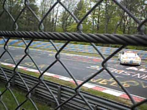 Aston Martin Crash-24 h Rennen Nordschleife 2010