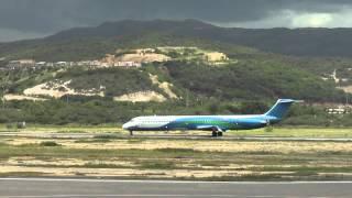Venezolana YV191T McDonnell Douglas MD-82 (DC-9-82) aterrizando en Cumana, Edo. Sucre.