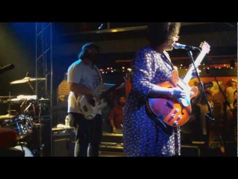Alabama Shakes - Goin' To The Party live mp3