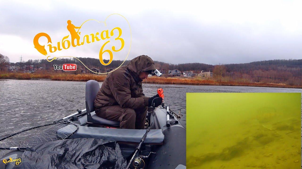 Спиннинг поздней осенью, щука берет на мелкую резину, опустил камеру Calypso под воду