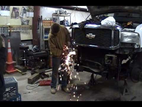 1995 Ford F250 >> installing a plow frame on a 2001 f350 - YouTube