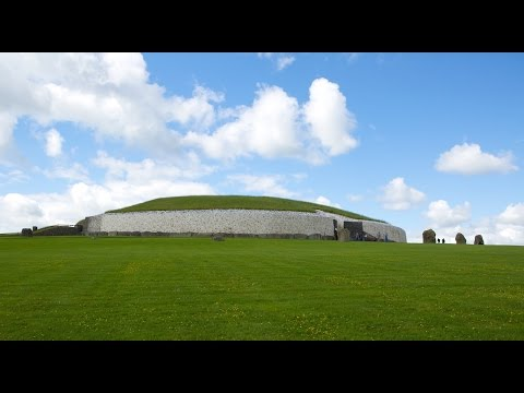 Knowth And Newgrange