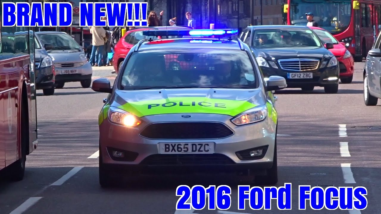 Police cars responding x2 - NEW 2016 Metropolitan Police Ford Focus IRVs - YouTube : ford focus police car - markmcfarlin.com