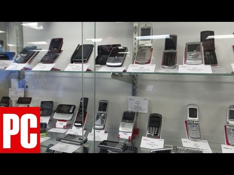 PCMag.com Tours Verizon Wireless's Cell Phone Museum