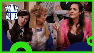 Una familia de 10, Capítulo 2: La tía Licha regresa desde el más allá | T4 | Distrito Comedia