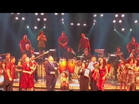 Final curtain call  of On Your Feet! On Broadway