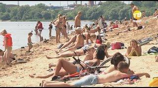 В Твери обновляют пляж. 2016-06-30(На городской пляж подсыпят песка. В Твери ведутся работы на одном из самых популярных мест отдыха горожан...., 2016-07-01T16:09:37.000Z)