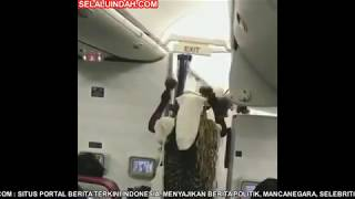 Video Video Kocak Dukun Nigeria Naik Pesawat download MP3, 3GP, MP4, WEBM, AVI, FLV Februari 2018