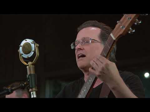 Violent Femmes - Blister In The Sun (Live on KEXP)