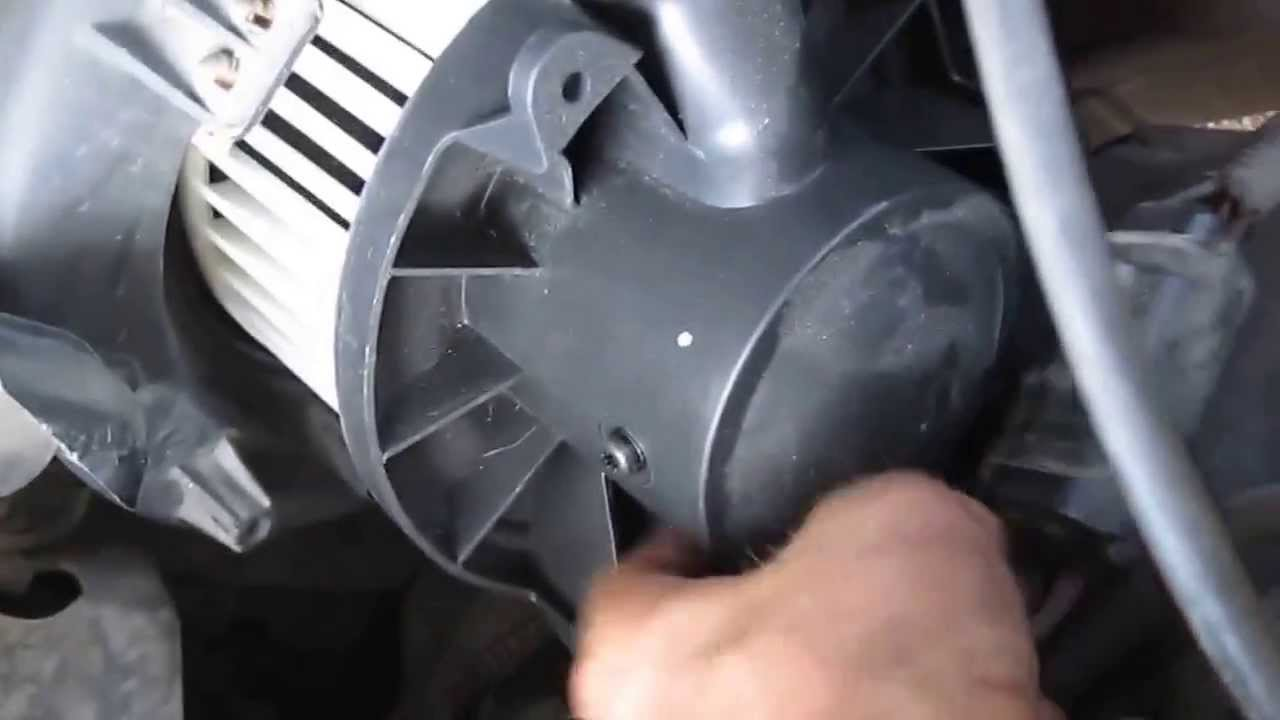 How To Replace Lincoln Town Car Blower Motor Youtube