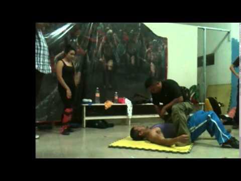 Grupo Lobo Defensa Personal(estrangulamiento en el piso)